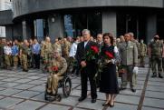 Петра Порошенко облили зеленкой в центре Киева