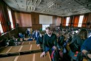 В «Единой России» вступились за «стобалльников» по ЕГЭ