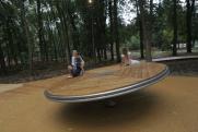В нижегородском парке «Швейцария» девочке отрубило палец на детской горке