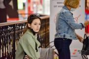 Кого больше беспокоят толпы подростков в торговых центрах: «Все для выживания стаи»