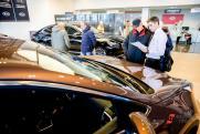Как вернуть деньги за навязанные в автосалоне услуги: советы юриста