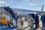 Аэропорт Ремезов в Тобольске принял первый рейс с пассажирами: фоторепортаж с места события