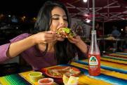 Ревматолог рассказала, какая опасность грозит любителям вкусно поесть