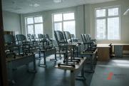 В петербургской гимназии № 155 во время урока обрушился потолок