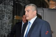 Формируя смыслы: Сириус стартует, Меликов восходит, а Аксенов продолжает сносить глав