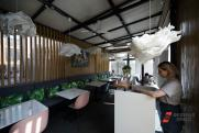 В Новгородской области из-за QR-кодов кафе потеряли 70 процентов посетителей: «Люди разворачиваются»