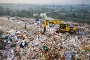 Тлеющий мусор и нефтепродукты в реке: горячие точки на экологической карте СФО в сентябре