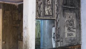 Оживить углем. Голландская художница превратила убогое помещение в арт-объект