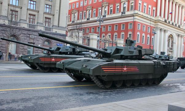 Десять тыс. военных стали участниками ночной репетиции Парада Победы в столице России