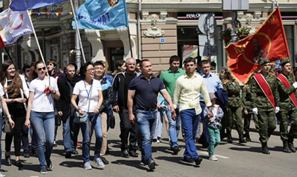 В праздничном шествии на День Иркутска участвовали почти 30 тысяч человек