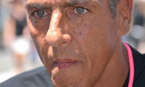Звезда фильма «Такси» опроверг сообщения о полученных в драке травмах