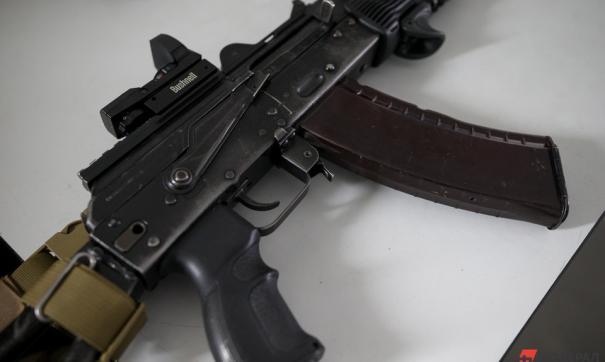 Полиция задержала семь человек за стрельбу из автомата в центре Москвы
