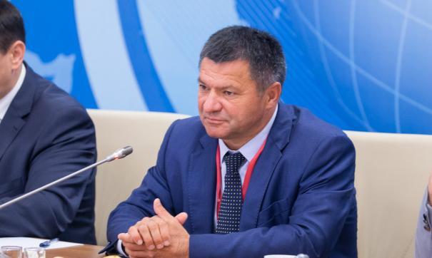 Навыборах руководителя Приморья вовтором туре выигрывает коммунист Андрей Ищенко