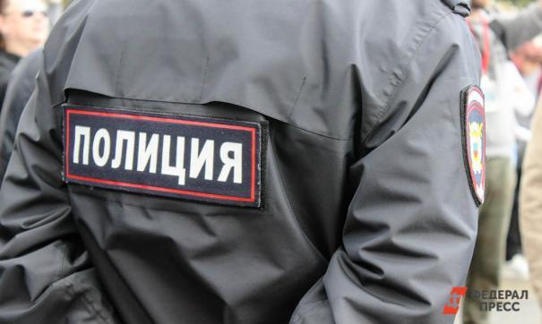Полиция в Железногорске сдержала толпу, требующую расправы над убийцей ребенка