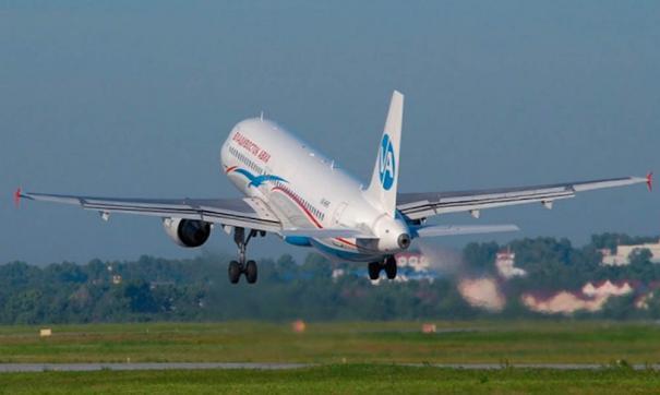 В Якутске пассажирский лайнер SSJ-100 выкатился за полосу при посадке