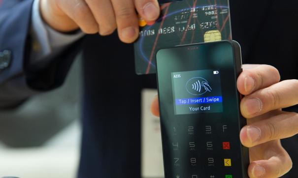 Жители России смогут использовать мобильные телефоны при работе сбанкоматами