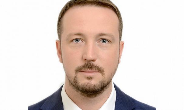 Александр Каинов.