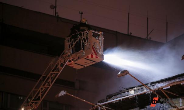 Крупный пожар произошел в ТЦ «Бум» во Владивостоке