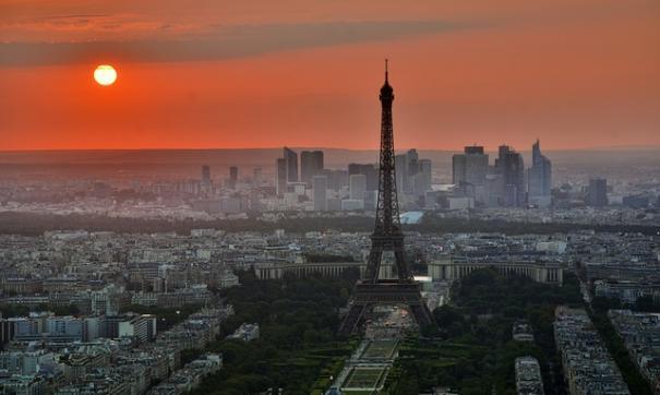 Правительство Франции намерено ввести налог на Google, Facebook, Amazon и Apple