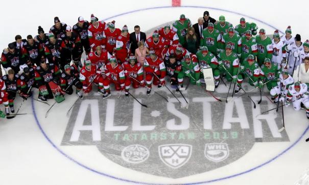 Уральские звезды хоккея приняли участие в мастер-шоу КХЛ