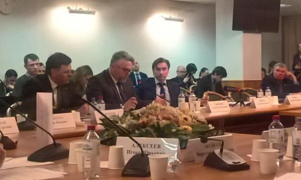 В Госдуме состоялось расширенное заседание, посвященное законопроекту о фейках в СМИ