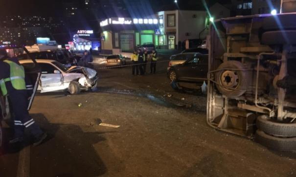 Во Владивостоке произошла массовая авария с участием автобуса