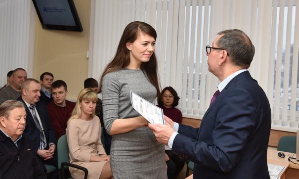 Приборостроители получают именные сертификаты на 60 тысяч рублей