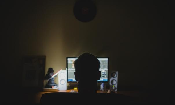 Российского хакера экстрадировали в США. Ущерб от его деятельности оценивают в миллионы долларов