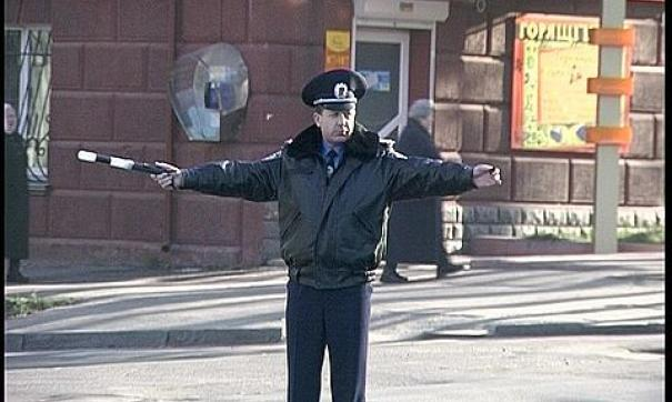 Депутат начал драку, возмущенный поступком полиции
