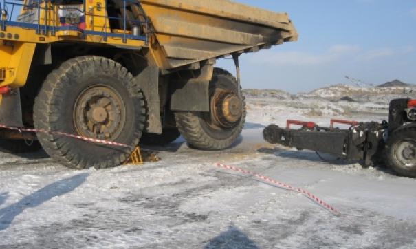Колесо Белаза стало причиной двух смертей в Сибири