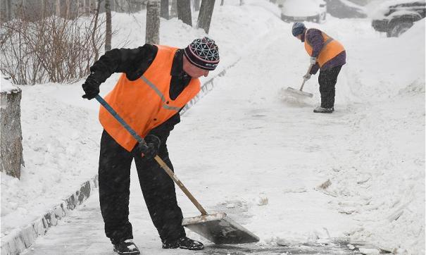 В уборке казанских улиц задействованы почти 700 единиц спецтехники