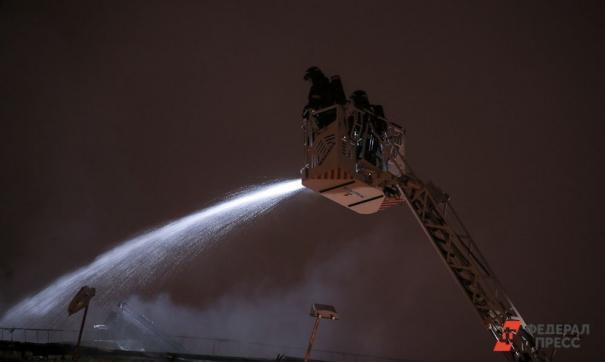 На территории Оренбургского завода промышленного цинкования случился пожар