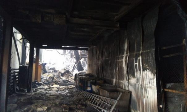 После крупного пожара на заводе в Оребуржье завели дело
