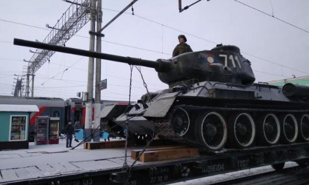 В Новосибирске проездом были Т-34 из Лаоса