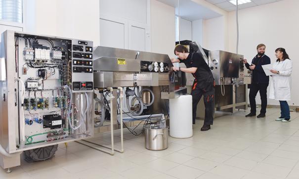На АПЗ завершают наладку новой установки оплавления печатных плат