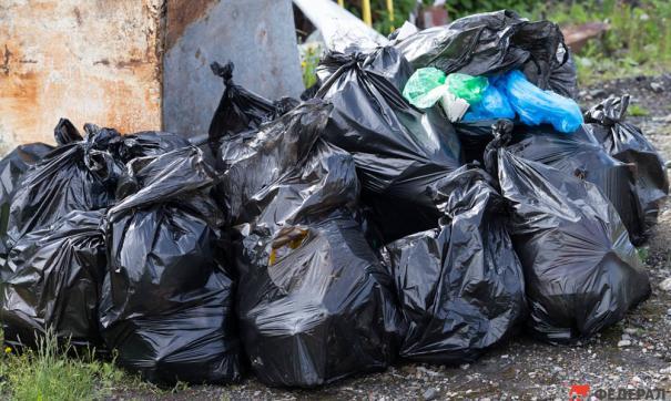 Жители некоторых регионов получают двойные начисления за вывоз отходов