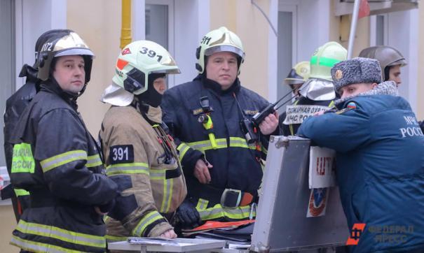 В подвале телецентра в Москве идет пожар