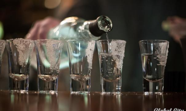 Сбивший насмерть двух пешеходов верующий водитель перед трагедией отдыхал в петербургском баре