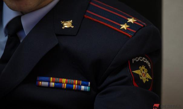 В Петербурге сотрудники МВД устроили между собой драку и стрельбу