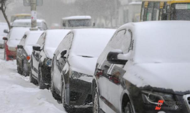 Из-за обильного снегопада в Саратове не хватило полигонов.