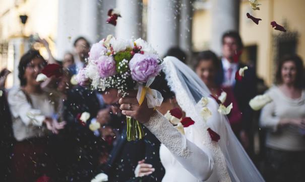 Молодожены успели разругаться сразу же после свадьбы и решили развестись
