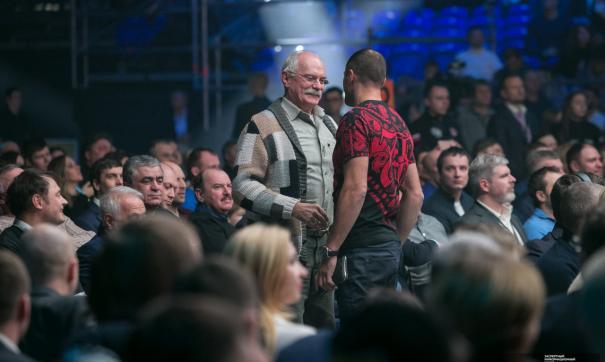 Михалков обозвал овцами участниц юмористического шоу за некорректные шутки