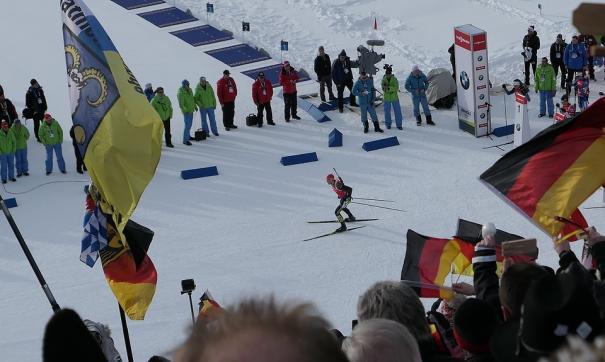 Россиянин взял бронзу на Кубке мира по биатлону