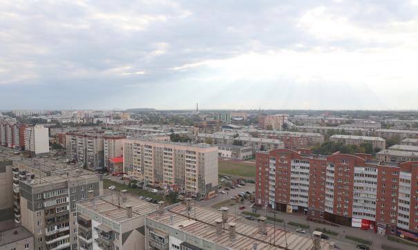 В Копейске в черте города работает ряд промышленных предприятий, и жители порой жалуются на смог и неприятный запах