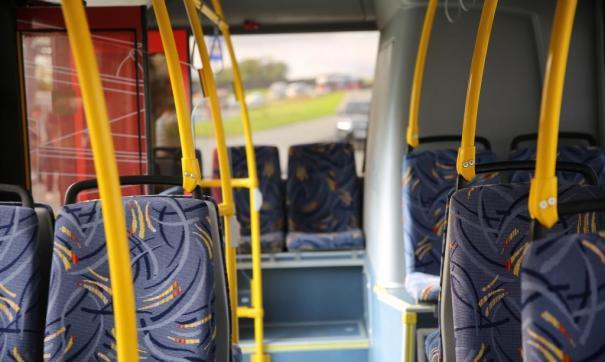 Теперь автобусы на Русском острове не останавливаются по требованию