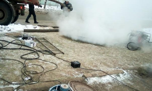 Коммунальная авария оставила людей без горячей и холодной воды