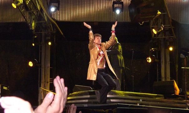 Мик Джаггер сорвал гастроли The Rolling Stones из-за болезни