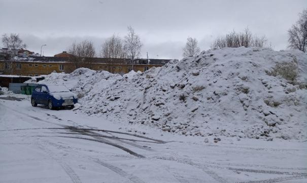 Снег в Ханты-Мансийске