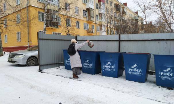 В Нижнем Тагиле начали обновлять площадки с мусорными баками