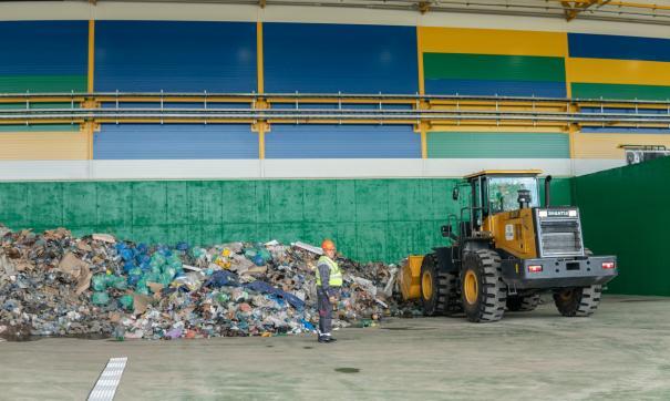Специалисты регоператора «ТЭО» рассказали о работе с крупногабаритным и строительным мусором